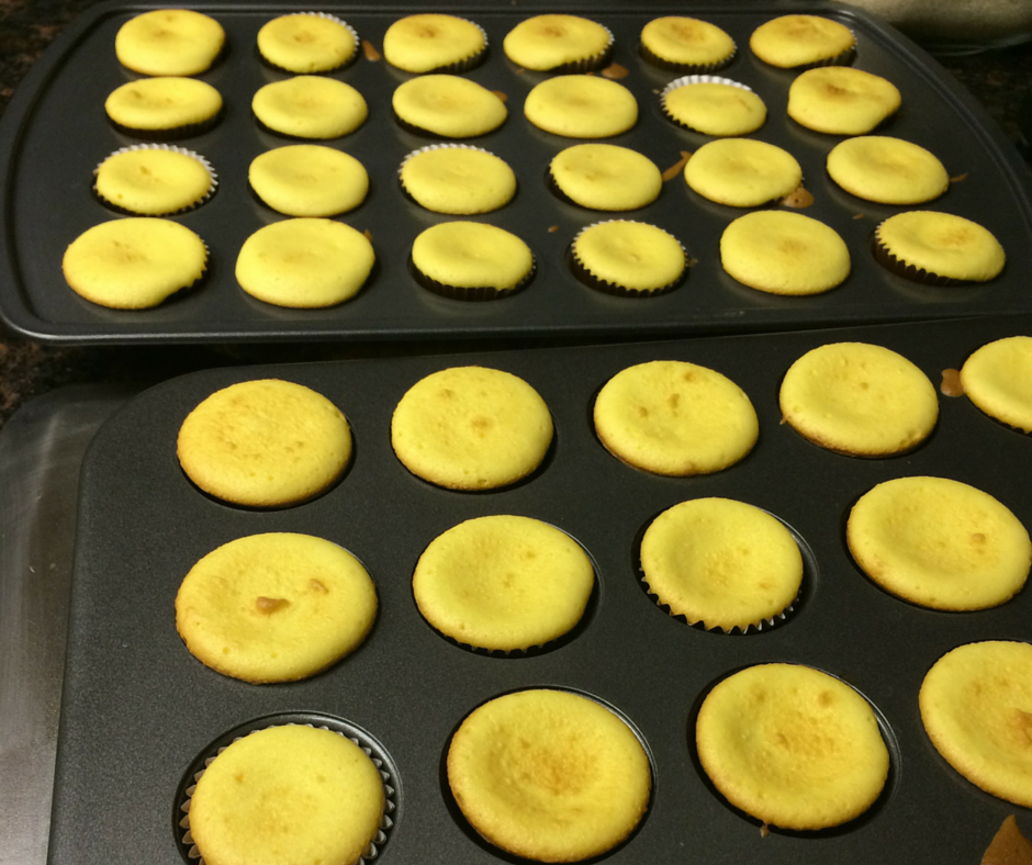 Champagne cupcakes out the oven