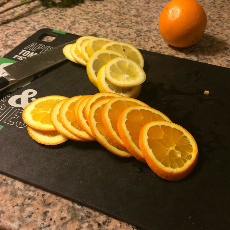 Summer Citrus centerpiece slices ready